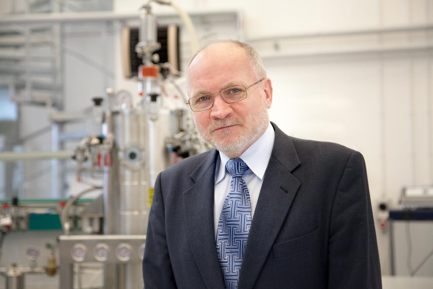 Prof. UAM dr hab. Jacek Guliński