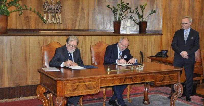 20180104_podpisanie porozumienia z UAM_www