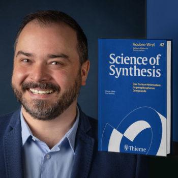 """Nasz Naukowiec w znamienitym gronie autorów """"Science of Synthesis"""""""